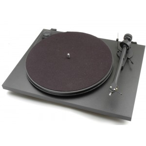 Pro-Ject Essential II Turntable