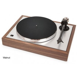 Pro-Ject The Classic Turntable - Walnut
