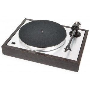 Pro-Ject The Classic Turntable - Eucalyptus