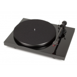 Pro-Ject Debut Carbon Phono USB Turntable
