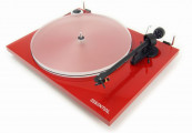 Pro-Ject Essential III Turntable Red