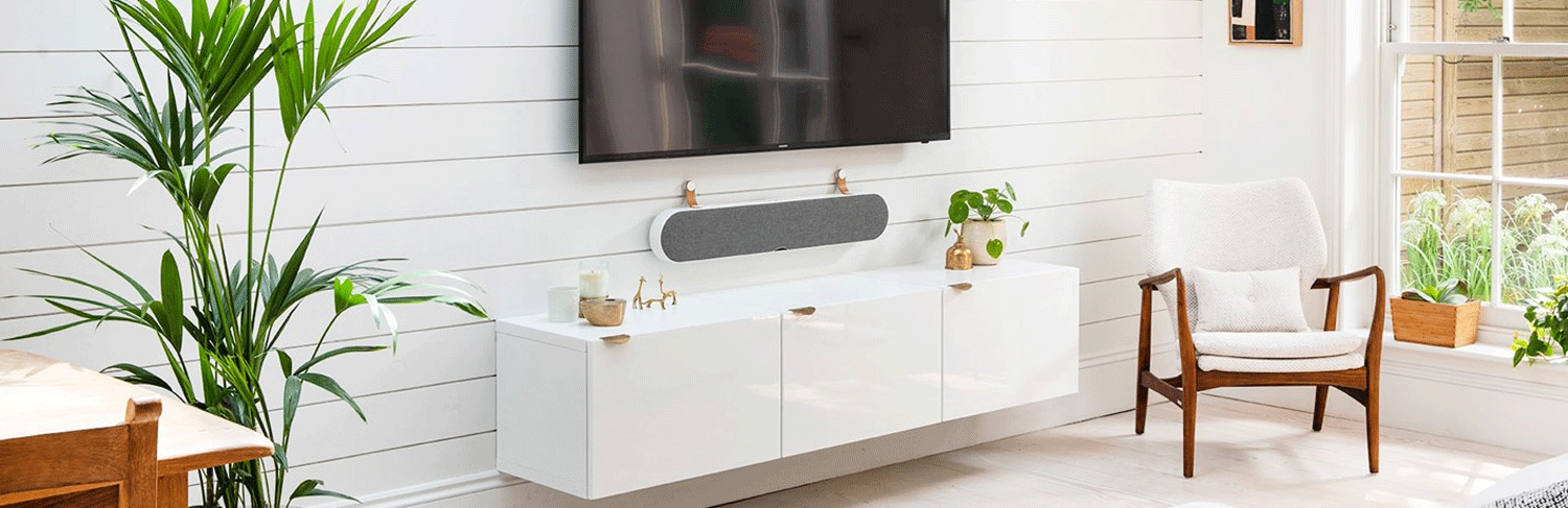 Appealing soundbar with superior audio